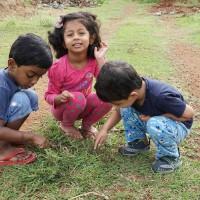 Kids playing in ChukkiMane garden